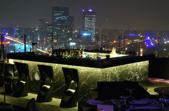 dsens roof top bar bangkok